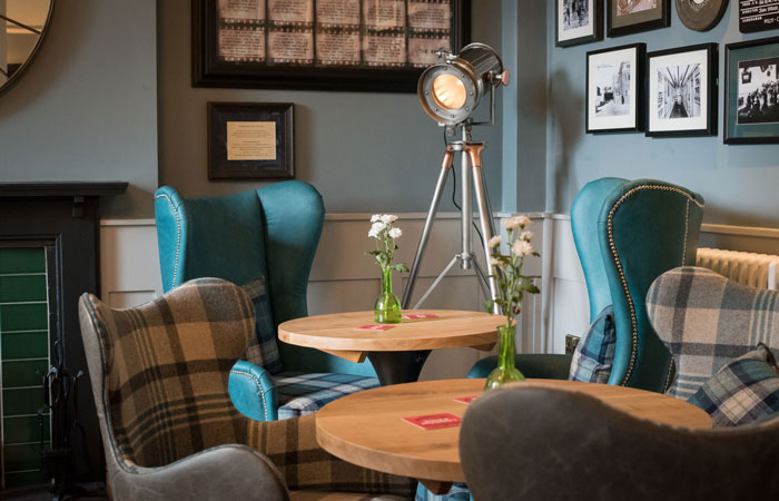 Bar seating at the anglers pub and restaurant teddington