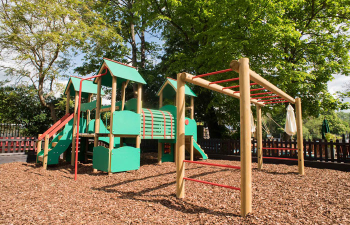 childrens outdoor playground at the anglers pub and restaurant teddington
