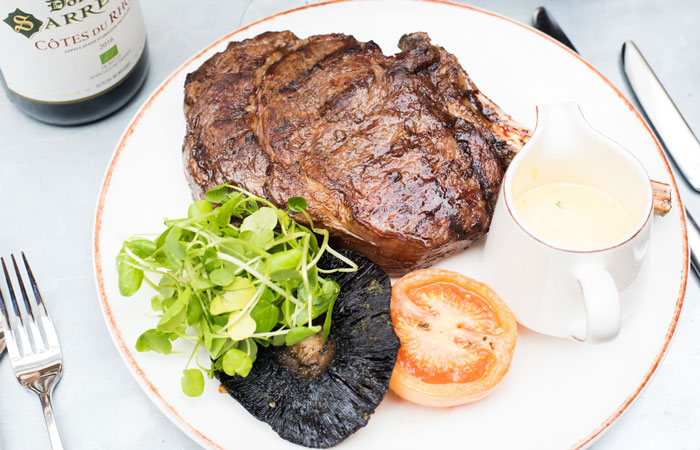 Steak dinner at the anglers pub and restaurant teddington