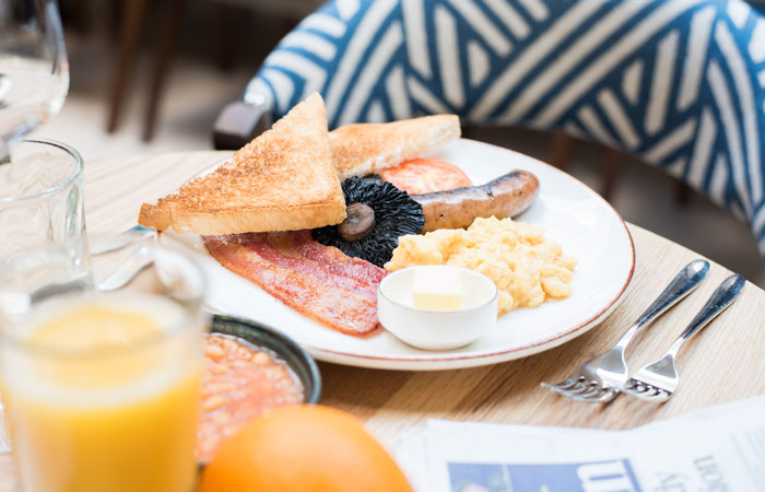 Full English breakfast at the anglers pub and restaurant teddington