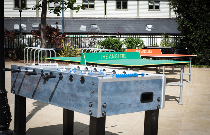 Outdoor table tennis at the anglers pub teddington