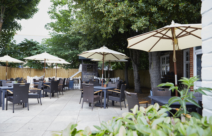 The Turk's Head beer garden in Twickenham