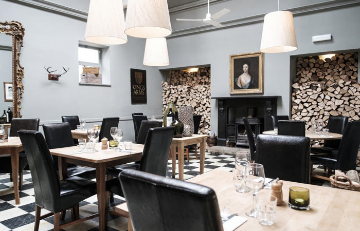 The Kings Arms oxford dining room best Valentine's Day pubs in England.
