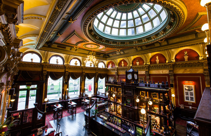 Iconic Birmingham pub the old joint stock