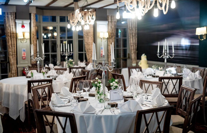 The best winter wedding venues in the south of England - The White Swan, Stratford-upon-Avon