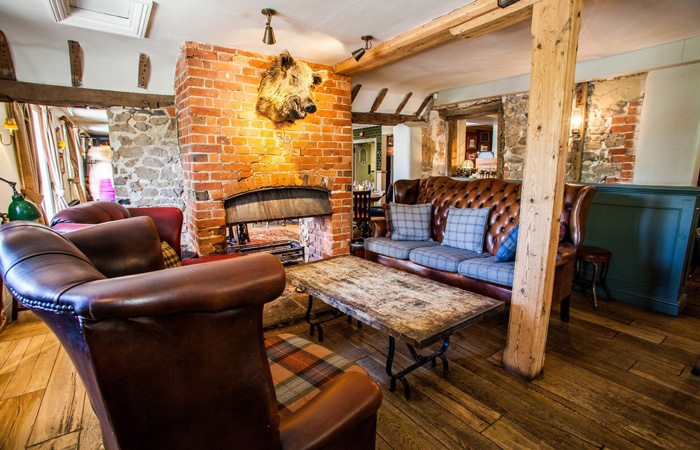 Best Hampshire pubs with fireplaces - The Links Tavern, Liphook