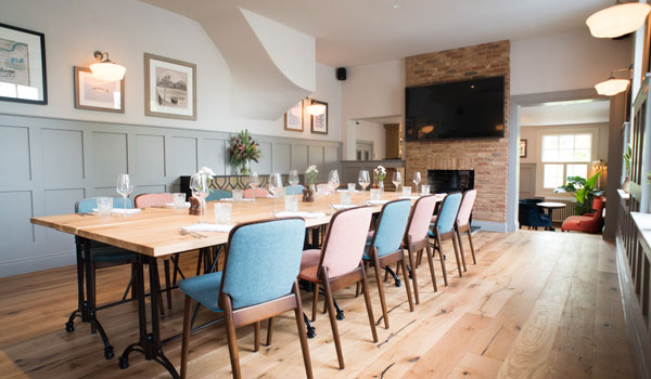Pubs with meeting rooms for hire